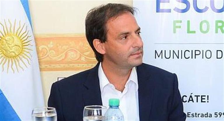 El intendente de Escobar, Ariel Sujarchuk, fue cuestionado y denunciado junto a otros bloques del Concejo Deliberante local por la Agrupación Patria Grande