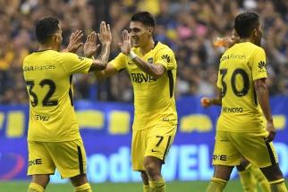 Boca le ganó a Newell s y aumentó la ventaja sobre Godoy Cruz