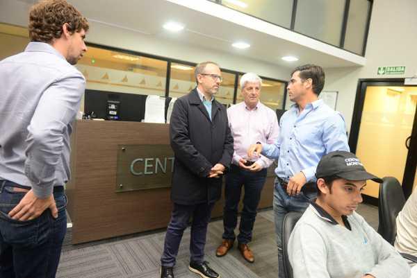 Luis Andreotti recibió a Diego Valenzuela, Intendente de 3 de Febrero