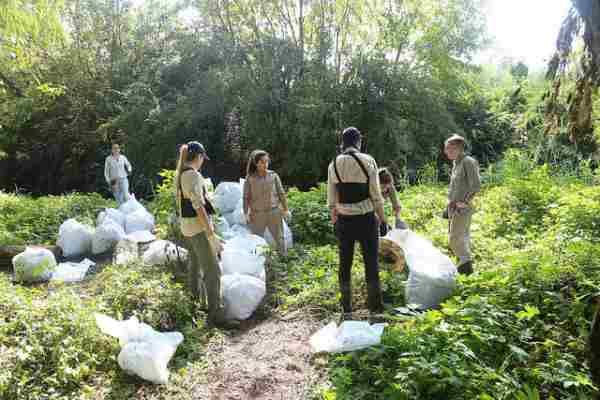San Isidro celebró el día de la tierra con una jornada de limpieza en Ribera Norte