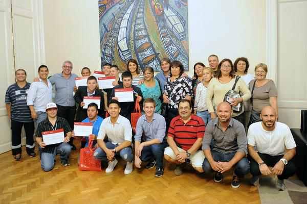 Julio Zamora recibió a atletas de Deporte y Arte Inclusivo que representaron a Tigre en Mendoza