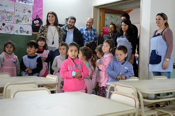 El jardín de infantes N°903 de Benavídez recibió nuevo mobiliario para sus aulas