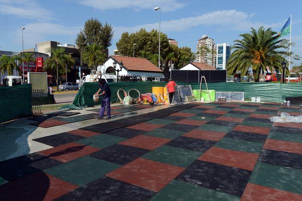 Comenzó la remodelación de la plaza Paseo Sarmiento en Tigre centro