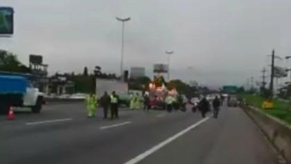 Un motociclista murió en un choque en la Panamericana en Don Torcuato