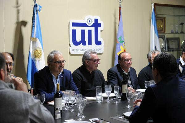 Julio Zamora acordó con la UIT una agenda común para crear más empleo