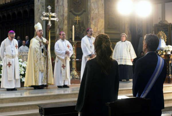 El cardenal Mario Poli brindó esta mañana una dura homilía ante el presidente Mauricio Macri y su Gabinete en el marco del Tedeum por el aniversario de la Revolución de Mayo,