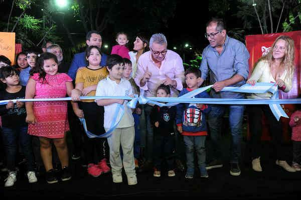 el intendente de Tigre, en el marco de la inauguración de los nuevos juegos de la plaza Manuel Belgrano, en Don Torcuato.