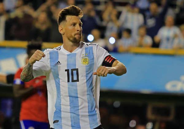 Con tres goles de Messi, la selección Argentina venció a Haití en la Bombonera