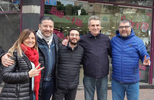"""Gustavo Menéndez y Agustín """"El Chivo""""  Rossi  junto al Bloque del PJ San Isidro"""