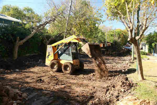 Mejoras viales y sanitarias en el barrio Santa Rita de Boulogne