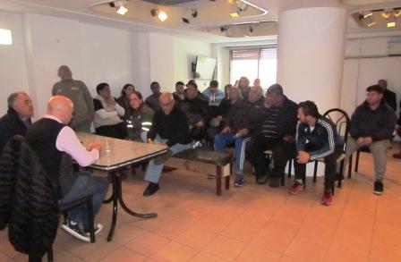 Los secretarios generales de ATE Zona Norte y el Sindicato de Trabajadores Municipales de Vicente López (STMVL) realizaron hoy un plenario donde  anunciaron el rechazo a la primera oferta que hizo el ejecutivo municipal del 15% y acordaron pedir un 25%.