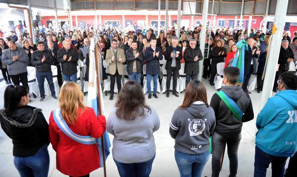 La Escuela N°1 José Martí de El Talar celebró 50 años de historia