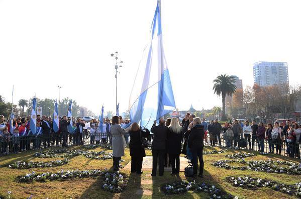 Tigre honró la memoria de Belgrano en el Día de la Bandera Argentina