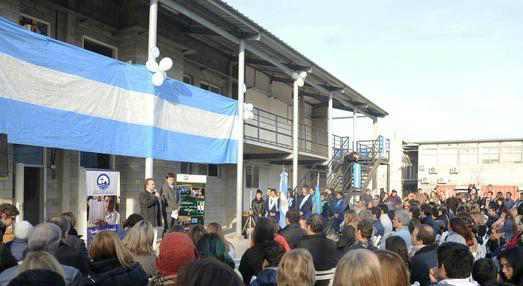 Tigre acompañó la inauguración del nuevo edificio del secundario del Colegio María de Guadalupe