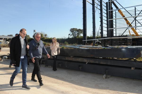 Julio Zamora recorrió las obras del nuevo Parque Industrial de Tigre