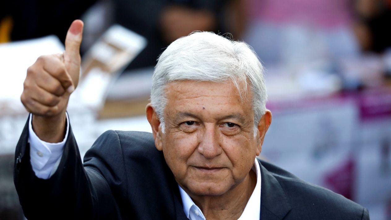 López Obrador gana los comicios históricos y lleva a la izquierda al poder de México