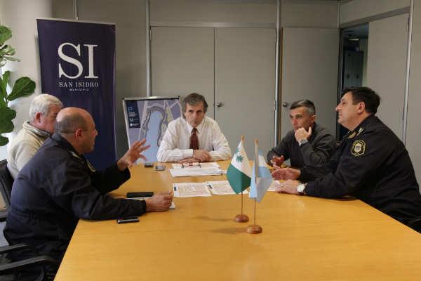 Reunión en San Isidro para coordinar acciones de seguridad