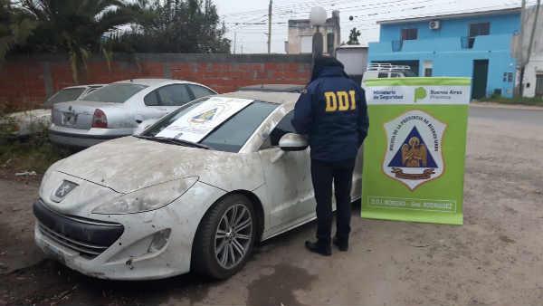 """Secuestraron en Moreno un auto de alta gama relacionado con la banda criminal """"Los Monos"""""""