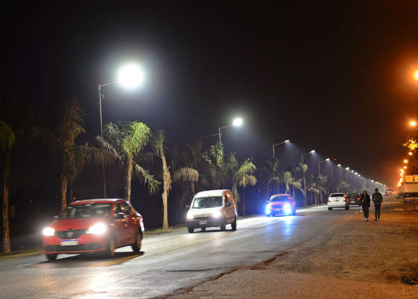 San Fernando instaló nuevas luminarias LED sobre Ruta 197