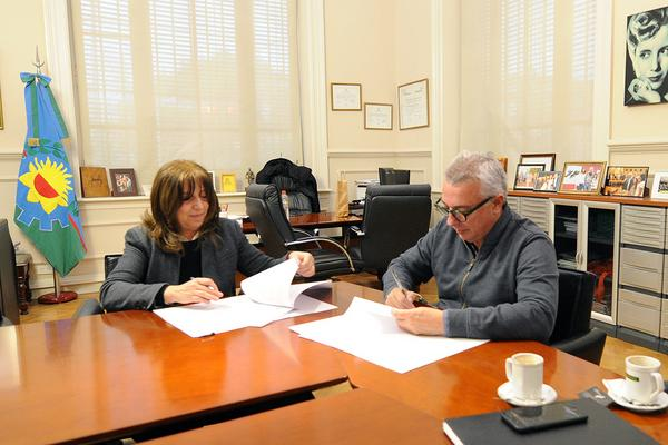 Tigre y el Banco de Alimentos firmaron un convenio para ayudar a comedores y merenderos del distrito