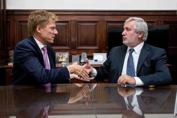 el director de ARBA, Gastón Fossati y el Procurador General de la Suprema Corte, Julio Conte Grand, acordaron acciones conjuntas para combatir el delito de cuello blanco en la Provincia