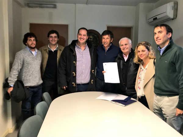 Ciarletta y Posse reconocieron a la fundación Carolina Aló en San Isidro