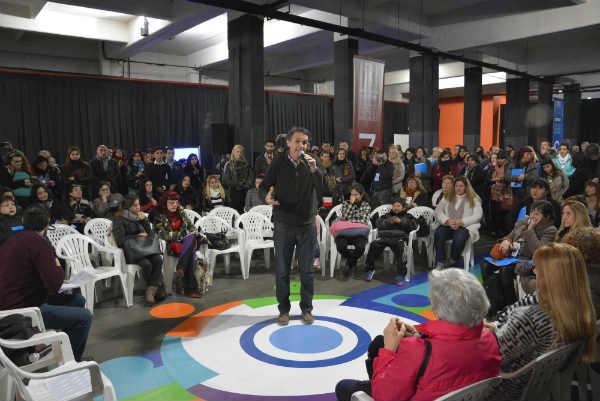 Más de 600 personas participaron del primer encuentro municipal de Políticas Sociales en San Martín