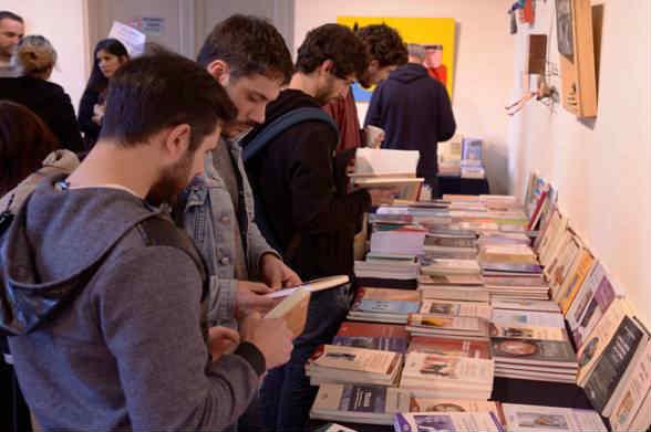 En el marco del Programa Espacio de Encuentro, el Concejo Deliberante de San Isidro y el Colegio de Psicólogos Provincia de Buenos Aires Distrito XV organizaron la cuarta edición de la Feria del Libro.