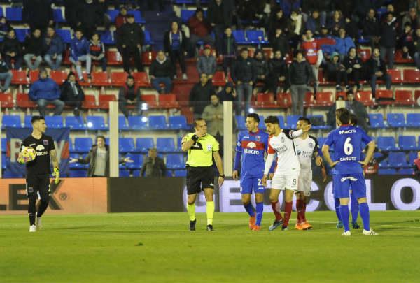 Tigre y San Lorenzo igualaron en Victoria