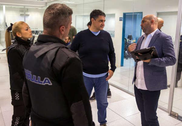 Vicente López incorpora chalecos antibalas con GPS para las fuerzas locales
