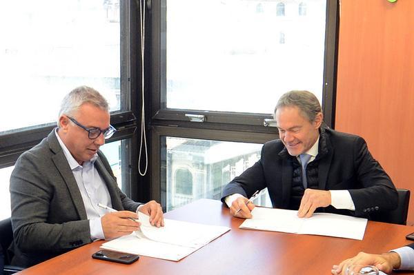 El intendente Julio Zamora formalizó el acuerdo en una reunión con el ministro Gustavo Ferrari y el director de Personas Jurídicas bonaerense, Leonardo Jakim.