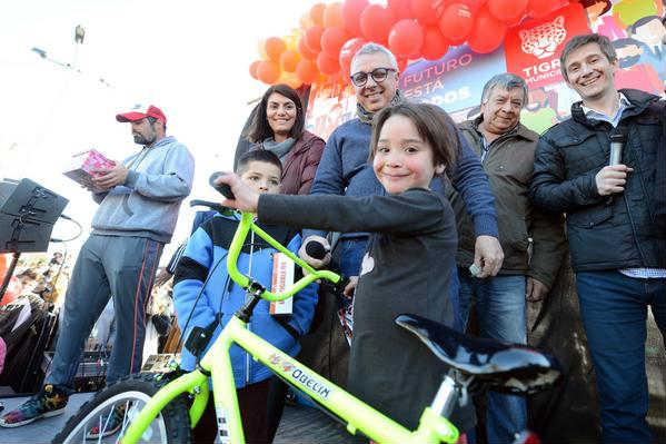Más de 20 mil chicos festejaron el Día del Niño en 14 plazas de Tigre