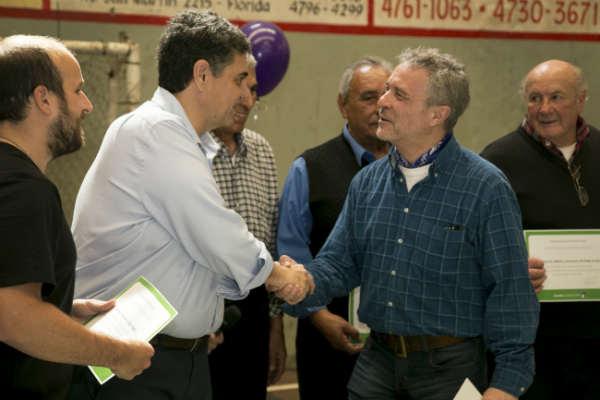 Jorge Macri entregó subsidios a Centros de Jubilados de Munro