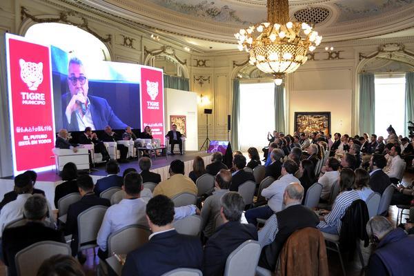 """Se realizó el encuentro """"Pensando el futuro en Tigre"""", con eje en la tecnología y el empleo"""
