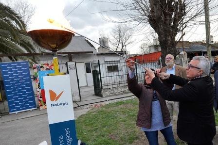 Julio Zamora inauguró una nueva red de gas natural que beneficiará a más de 450 familias de Benavidez