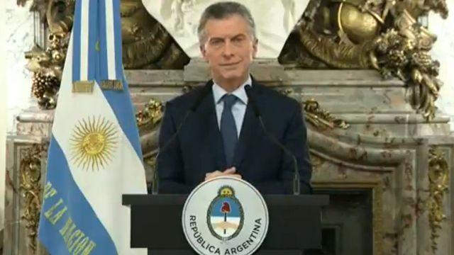 Macri y sus ministros imputados por el acuerdo con el FMI