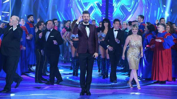 """Volvió Showmatch con una extensa apertura con presentaciones de """"Chano"""", Angela Torres y Laurita Fernández"""
