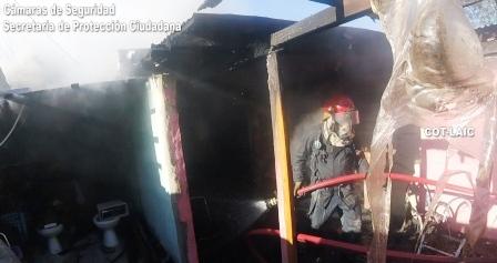 Voraz incendio en una casa, detectado rápidamente por el sistema Alerta Tigre Global