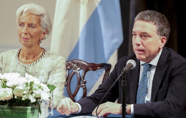 El entendimiento fue divulgado por el ministro de Hacienda, Nicolás Dujovne, junto a la directora gerente del FMI, Christine Lagarde, en una conferencia de prensa conjunta ofrecida en el consulado argentino en Nueva York.