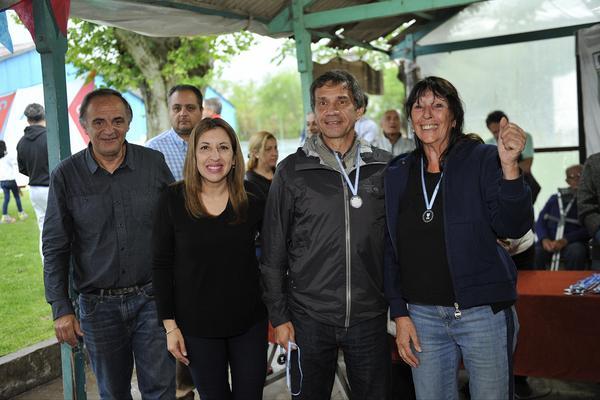 Encuentro Solidario de Remo y Travesía en Tigre