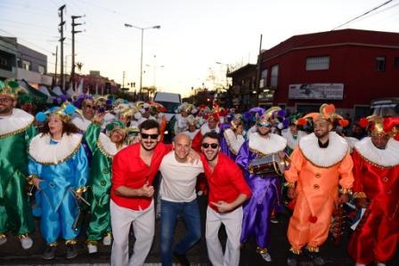 Miles de sanfernandinos celebraron la primavera con un inolvidable desfile