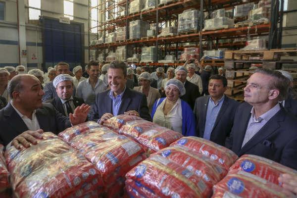 El líder del Frente Renovador visita la provincia de Tucuman junto al gobernador Juan Manzur, el senador Miguel Ángel Pichetto y los diputados José Ignacio De Mendiguren y Diego Bossio.