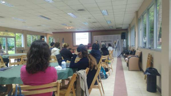 La Universidad de San Isidro organizó el V seminario de educación en contextos de pobreza