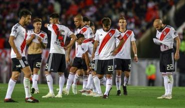 River complicó sus chances de seguir en la Copa Libertadores al caer con Gremio en el Monumental