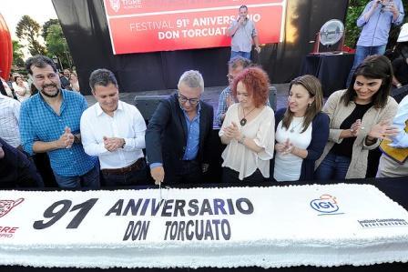 Con una gran fiesta familiar, Don Torcuato festejó su 91° aniversario en la plaza General Alvear