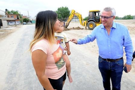 En Troncos del Talar, Julio Zamora dialogó con vecinos y supervisó tareas realizadas con fondos municipales