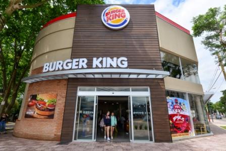 Abrió sus puertas en San Fernando el primer local de Burger King