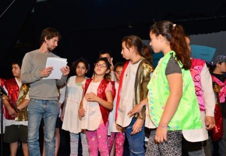 Alumnos de San Fernando se lucieron en el cierre de los Programas Artísticos Escolares Municipales
