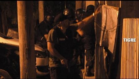 En Tigre, desarticularon dos bandas con drogas y gran arsenal de armas