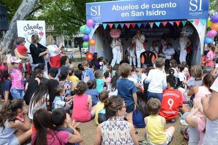 Se viene a San Isidro la cuarta caminata por la infancia y la promoción de la lectura